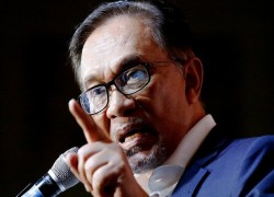 Does Malaysia's opposition need a new leader or a new direction?