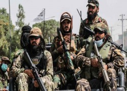 Afghan chaos mounts as ISIS-K tries to tarnish Taliban triumph