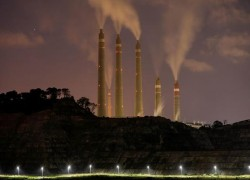 China halts new coal-fired power plants abroad in boost for climate action