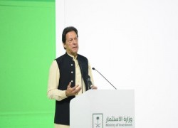Not a good time to talk about improving Pak-India ties after World Cup thrashing: PM Imran